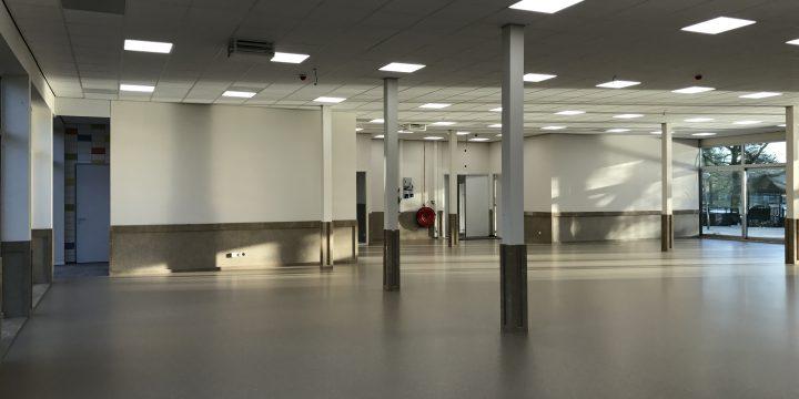 Multicultureel Centrum – Schiedam <p> Metal-stud wanden, systeemplafonds en diverse timmerwerken