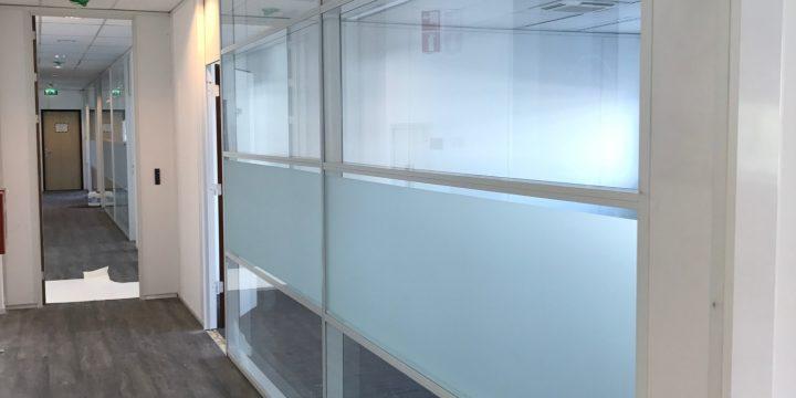 Samsung – Delft <p> Systeemwanden en glaswanden